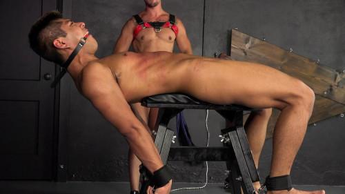 Gay BDSM DB - Gabriel Cruz - Taken For Tortre - Chapter 4