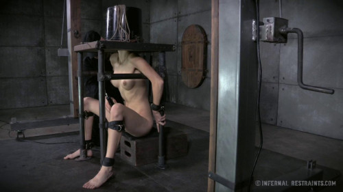 BDSM Corporal Punishments Make Willow Hayes Cum Harder Than Ever