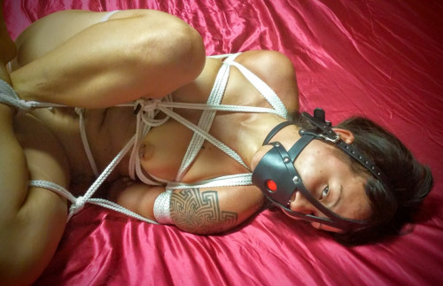 BDSM ShinyB - Sakura Tied Nude part 1