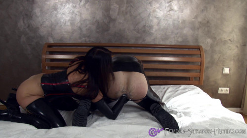 Femdom and Strapon Dominant woman fists mans ass until cumshot