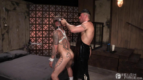 Gay BDSM Permission, Scene 04