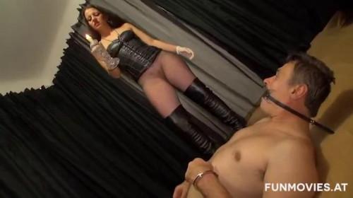 Femdom and Strapon Wiener Dominas - Femdom Sex