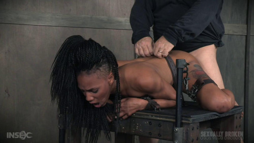 bdsm Nikki Darling gets plowed from both ends huge cock. Helpless cumming face fucking (2016)