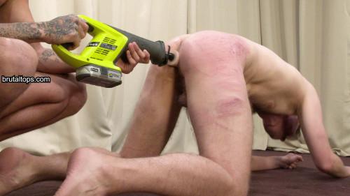 Gay BDSM Session 500 : Master Leo