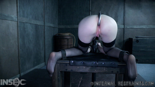 BDSM Kissed By The Whip , Katy Kiss ,HD 720p