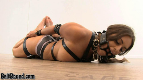 BDSM Huge Spider Gag - Emma Green - HD 720p