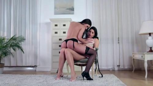 BDSM The Dominatrix