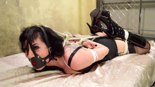 BDSM Dominatrix Gets Owned Part 1-rope bondage videos