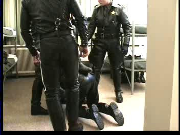 Gay BDSM Leather and Law (Gerard, Vagevuur Video)