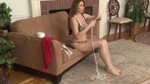 BDSM Self-Bondage Fun with Jamie Lynn