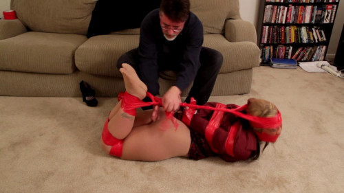 BDSM Cinched and Secured HD