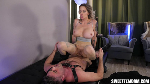 Femdom and Strapon Eat Your Cum from my Pussy w Madeline
