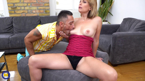 Emma Klein - Milf Emma Klein gets an anal creampie and squirts while she cums