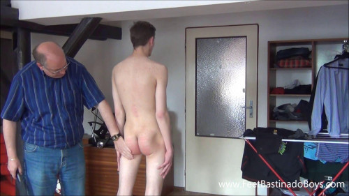 Gay BDSM Pedro Ba In Vulnerable Position(Part 2)