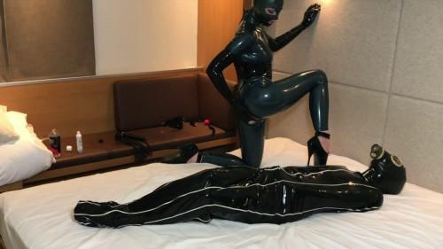 BDSM Latex Bondage, spanking, mummification and torture for sexy bitches