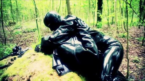 BDSM Latex Bleu Productions - Girls In Gasmasks 720p
