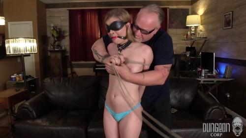 BDSM Harlow West Bondage