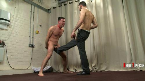 Gay BDSM Session 309 : Master Leonardo