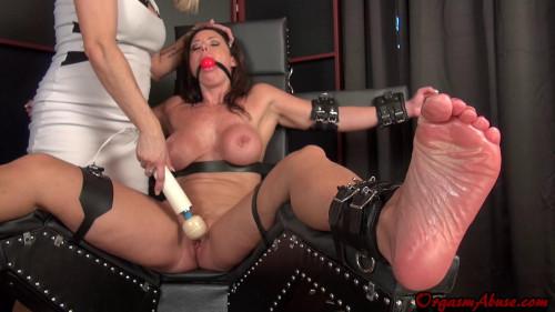 BDSM Christina Carter Cumming