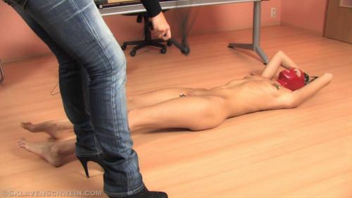 BDSM Slave Girl Andrea