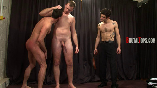 Gay BDSM Session 295 : Master Edward and Master Lucas