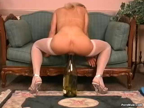 Fisting and Dildo Catalina LAmour, Part 2
