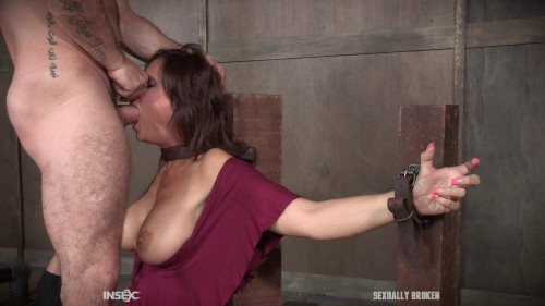 BDSM Syren De Mer