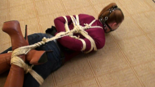 BDSM Gagged and Frogtied