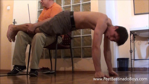 Gay BDSM FeetBastinadoBoys - Lukas Liz. Caning 2