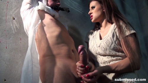 Femdom and Strapon Billie Wants To Play