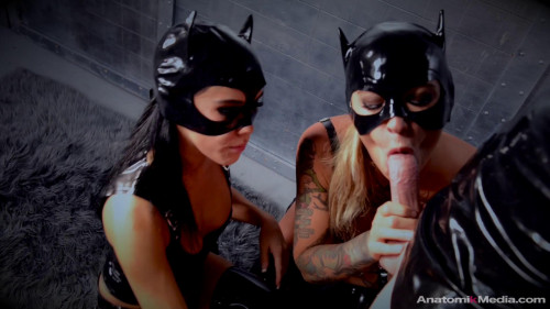 Femdom and Strapon Leather pussy