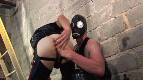 Gay BDSM Oral and Anal