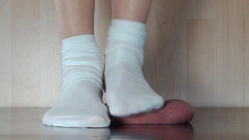 Femdom and Strapon Alina In Scene Alina Trampled Nuts under White Socks
