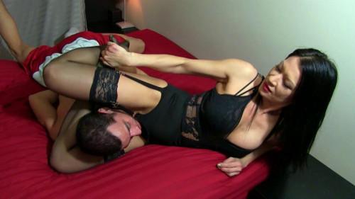 Femdom and Strapon Onatopp  By Body Scissors - Jasmine Xenia - HD 720p