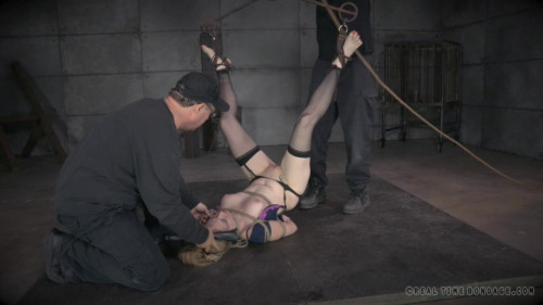 bdsm CruelBondage - Delirious Hunter