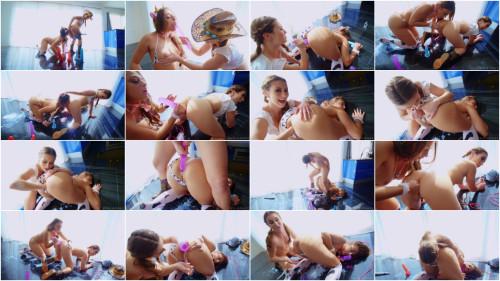 Lesbians Gia Derza, Paige Owens - Got Milk FullHD 1080p
