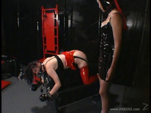 BDSM Latex Anastasia Pierce - Submission part 2, Scene 2