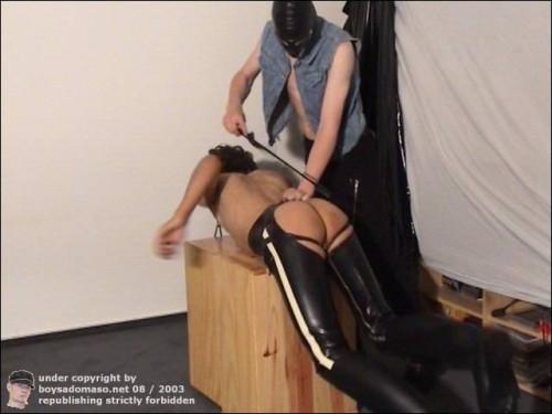 Gay BDSM Latex-Boy be fucked by a mask Punk