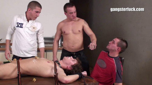 Gay BDSM Tyler Rush