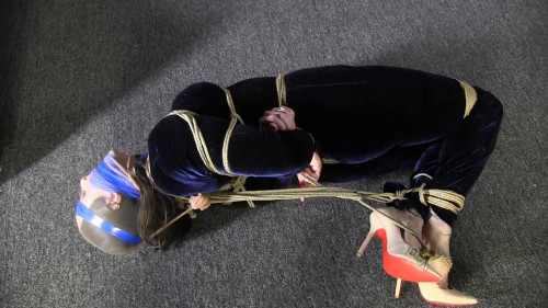BDSM She Said It Was Her Most Challenging Hogtie To Date - Lilly Bee - HD 720p