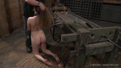 BDSM Wenona & Mattie Borders