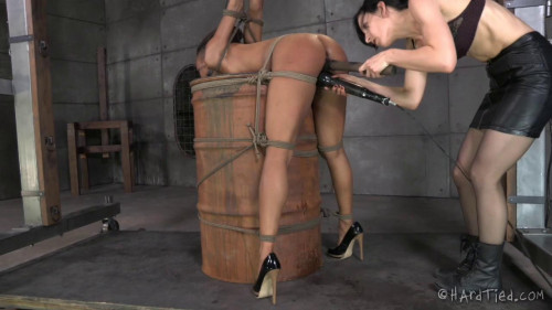 BDSM Nikki Darling - My Time In The Barrel