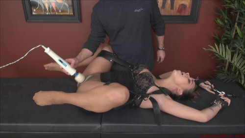 BDSM Bondage Squirting part 1