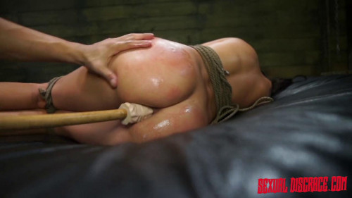 BDSM Esmi Lee endures, Rope Bondage.
