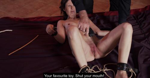BDSM Hope - Slave of Throne - Part 02