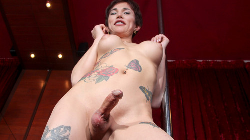 Lovely Stripper Holly Cums For You!