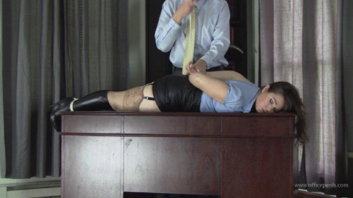 BDSM Elizabeth Andrews: Humiliated, Bound, and Made to Orgasm Part 2
