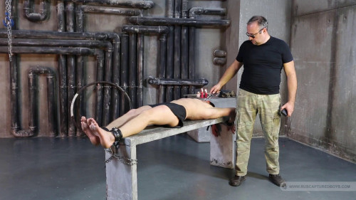 Gay BDSM A Thievish Slave - Part II