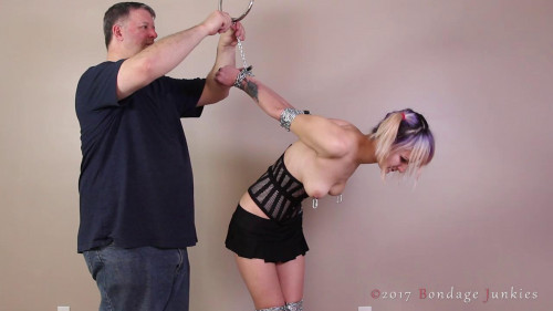 BDSM TripSix vs. The Trip Tiedown