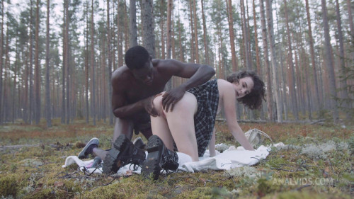 Darcy Dark in search of mushrooms in the forest got her first anal BBC 1080p